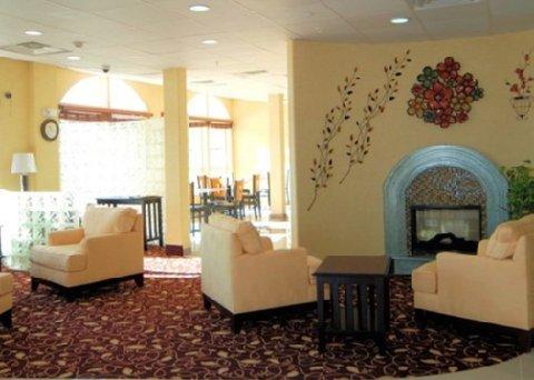 фото Comfort Inn & Suites Chesapeake 488673311