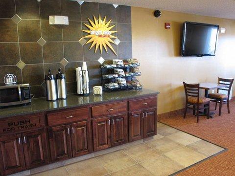 фото La Quinta Inn & Suites Bismarck 488673498