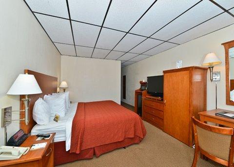 фото Quality Inn & Suites Salina 488677680