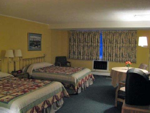 фото Hob Knob Inn & Restaurant 488680313