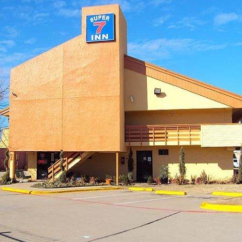 фото Super 7 Inn Dallas 488683391