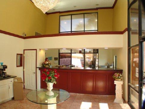 фото California Best Inn 488684454
