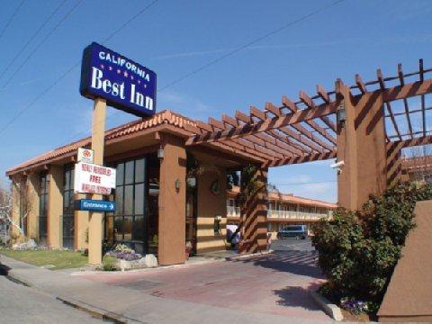 фото California Best Inn 488684455