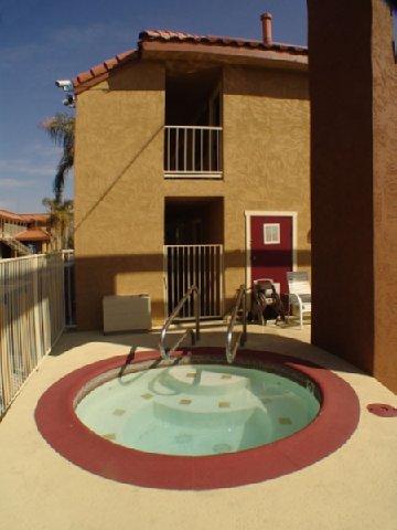 фото California Best Inn 488684460