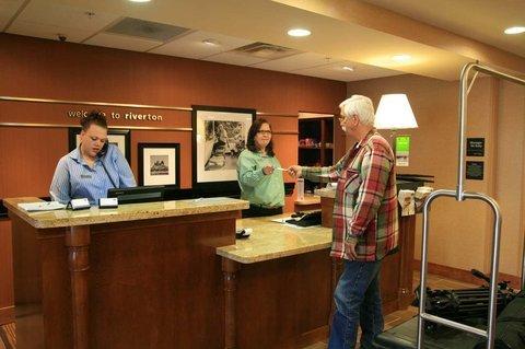 фото Hampton Inn & Suites Riverton 488686171