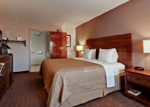 фото Quality Inn & Suites Matthews 488692908