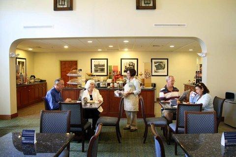 фото Hampton Inn & Suites - Fort Pierce 488702119