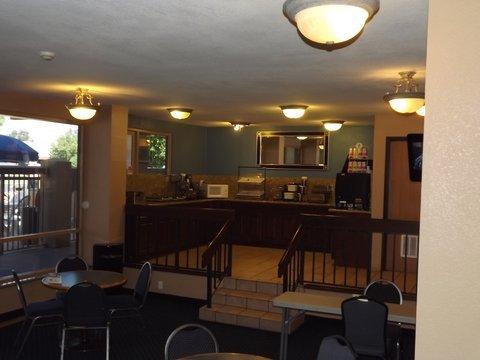 фото Best Western Metro Center Inn 488703048