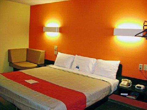 фото Motel 6 Montrose 488704971