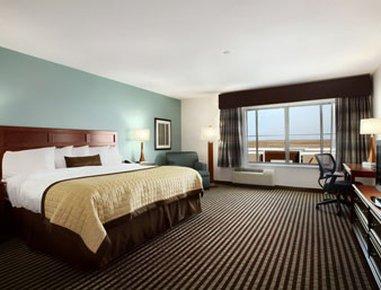 фото Baymont Inn And Suites Denver International Airport 488705039