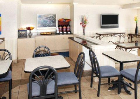 фото Comfort Inn & Suites Salinas 488706862