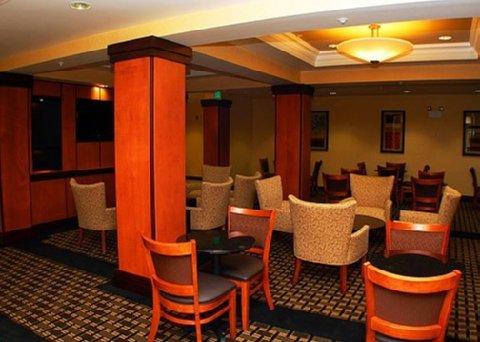 фото Comfort Suites Hotel Vero Beach 488710645