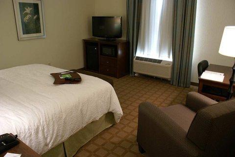 фото Hampton Inn & Suites Center 488711942