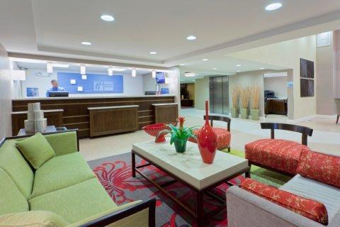 фото Holiday Inn Express - Neptune 488719736
