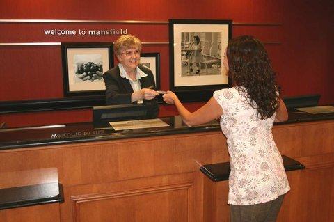 фото Hampton Inn & Suites Mansfield-South @ I-71 488723782