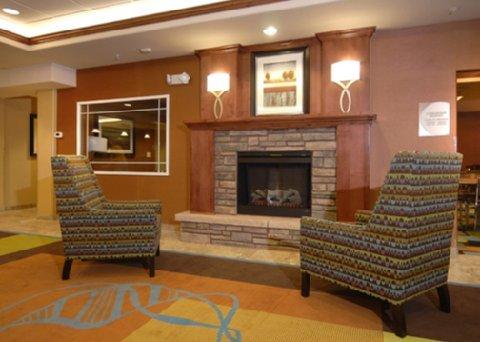 фото Comfort Inn & Suites 488725675