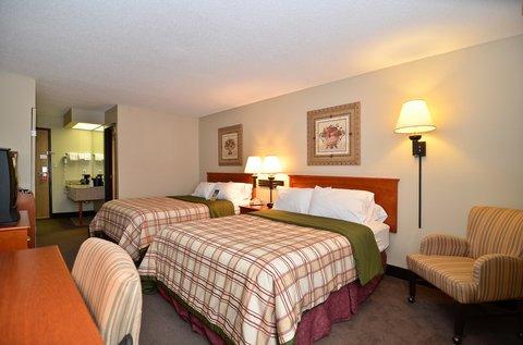 фото Best Western Plus University Park Inn & Suites 488731895