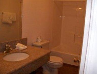фото Knights Inn Newport 488740349