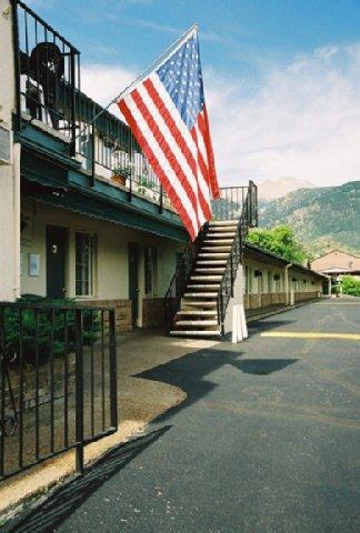 фото Eagle Motel 488740613
