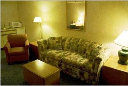 фото Katahdin Inn & Suites 488741911