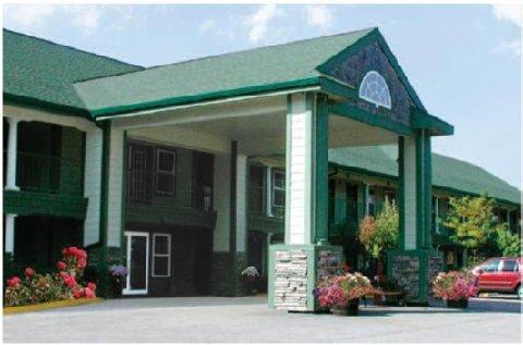 фото Hilltop Inn & Suites - North Stonington 488749372