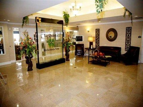 фото La Quinta Inn & Suites Dublin 488749970