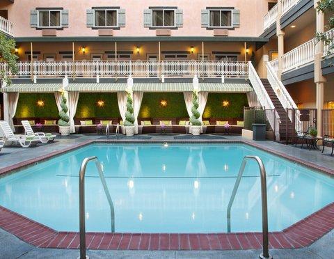 фото Ayres Hotel & Suites Costa Mesa / Newport Beach 488750088