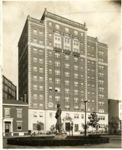 фото Residence Inn Cincinnati Downtown 488751337