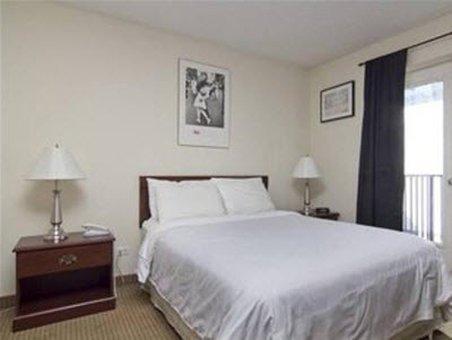 фото Metro Apartments 488755949