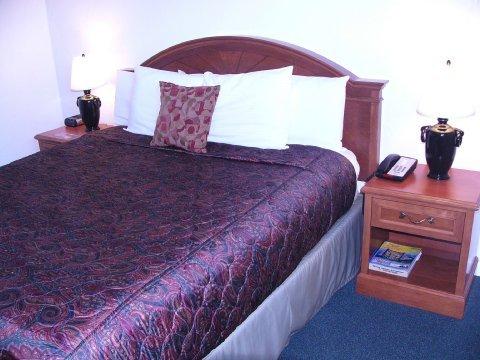 фото Americas Best Value Inn Loma Lodge 488756606