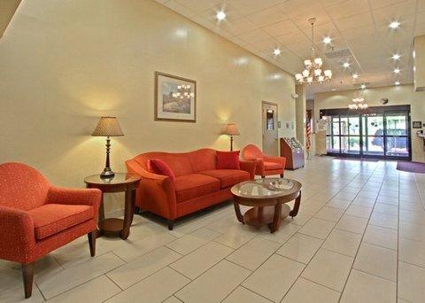 фото Quality Inn & Suites Lexington 488757058