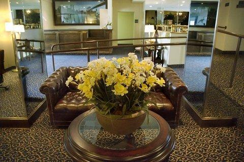 фото Best Western Plus Turtle Brook Inn 488757451