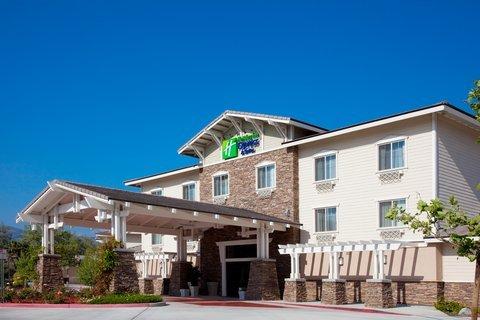 фото Holiday Inn Express Hotel & Suites San Dimas 488763043