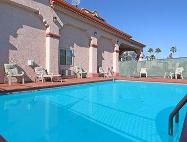 фото Super 8 Tucson 488767898
