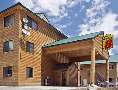 фото Super 8 Cooke City Yellowstone Park Area 488768679