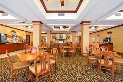 фото Holiday Inn Express Rockford-Loves Park 488770096