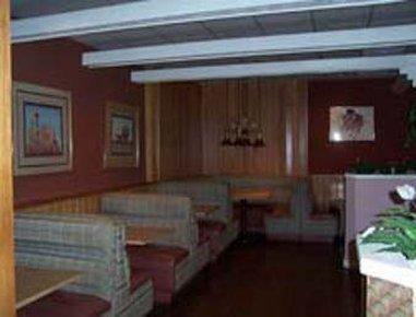 фото Knights Inn Rosenberg 488773383