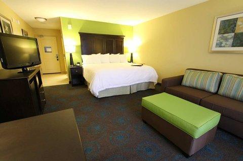 фото Hampton Inn - Iowa City 488773594