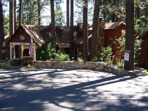 фото Cozy Hollow Lodge 488773881