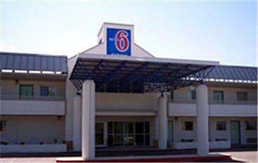 фото Motel 6 Cleveland International Airport - North Ridgeville 488775469