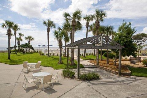 фото Oceanside Inn and Suites 488775602