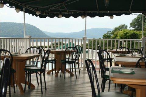 фото Inn on the Hudson 488776483
