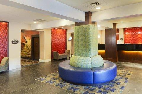 фото DoubleTree by Hilton Norwalk 488777430