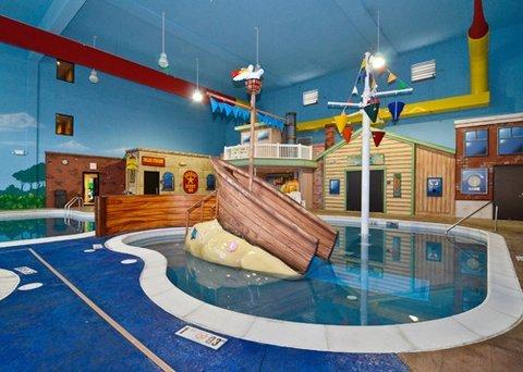 фото Sleep Inn & Suites and Indoor Water Park 488778059
