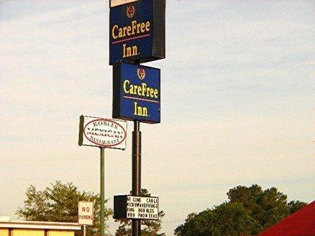 фото Carefree Inn Madisonville 488778650