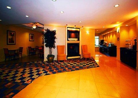 фото Comfort Suites Beaufort 488779563
