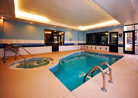 фото Comfort Suites Beaufort 488779569