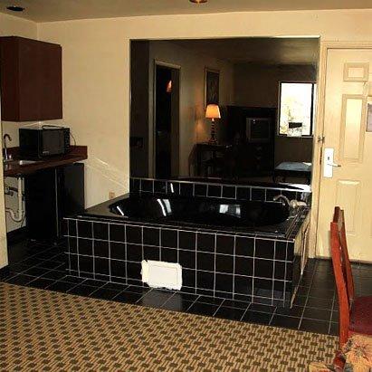 фото Royal Inn Dallas NW 488788590