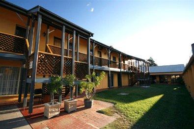 фото Best Western Colonial Motel 488792836