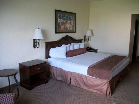 фото Best Western Mainland Inn 488793514
